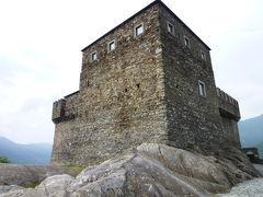 スイスの南国! 魅惑のティチーノ旅♪ Vol11(第2日目昼) ベリンツォーナ 世界遺産!三つの古城と城壁 サッソ・コルバーロ城♪