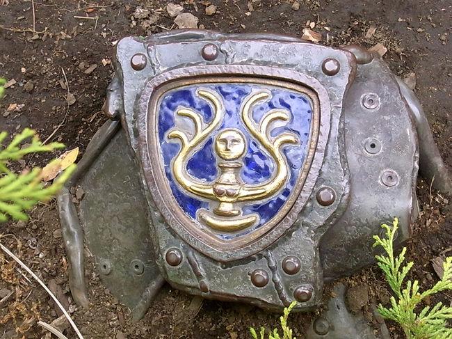 GWの真っ最中ながらも、中日の平日6日は運よく若干のチケットの空きがあった!<br /><br />というわけで、<br />ずっと憧れてやまなかった、「三鷹の森ジブリ美術館」をとうとう訪問。<br /><br />ジブリ作品の中でもベスト・フェイバリットの「天空の城ラピュタ」。その<br />空中庭園を守る生・ロボット兵に出会う日をどれほど待ちわびたことか!<br /><br />可能な限り、撮影可能スポットにて撮影してきた、その様子をレポートします。<br />
