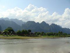 ラオス・タイ北部放浪の旅 3(バックパッカーの街バンビエン編)