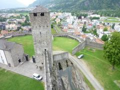 スイスの南国!魅惑のティチーノ旅♪ Vol15(第2日目午後) ベリンツォーナ 世界遺産!三つの古城と城壁 ☆カステル・グランデ城♪