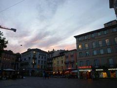 スイスの南国!魅惑のティチーノ旅♪ Vol32(第3日目夜) ルガノ旧市街の夜景とホテルでくつろぐ♪