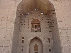 中央アジアのメッカ、テュルキスタンのマザール廟
