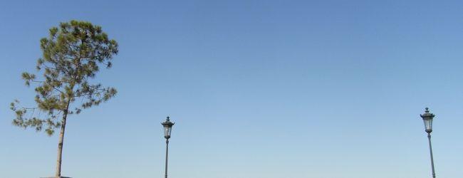 メインのギリシャ〜テッサロニキは海を見...