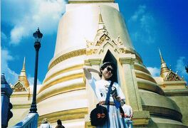 はじめて踏んだ外国の地は「タイ」でした