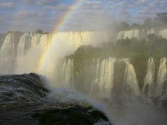 大自然を満喫!ブラジルの旅②ついに三大瀑布制覇!深夜早朝のイグアスの滝を独り占め!!
