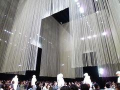 横浜で優雅なエルメスのファッションショー♪ クリストフ・ルメールさん登場!