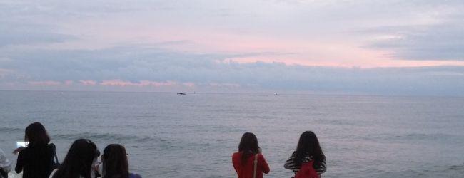 海辺の駅で朝焼けを【江陵】 Run Ru...