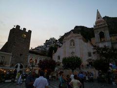 16日間の美食とビーチバカンスのシチリア!Vol11(第2日目夕方) ☆タオルミーナ:美しい黄昏の中を歩く♪