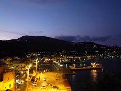 16日間の美食とビーチバカンスのシチリア!Vol18(第3日目夜) ☆エオリエ諸島:リパリ(Lipari) リパリの夜景と高級レストラン「Filippino」で絶品の魚介を頂く♪