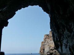 16日間の美食とビーチバカンスのシチリア!Vol29(第5日目昼) ☆エオリエ諸島:ヴルカーノ島(Vulcano) 温泉の島ヴルカーノを1周クルーズ観光♪ヴィーナスプールで優雅(?)に泳ぐ♪