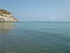 16日間の美食とビーチバカンスのシチリア!Vol34(第6日目午前) ☆エオリエ諸島:リパリ島(Lipari) リパリ島の美しいビーチ「Pietra Liscia」で優雅に過ごす♪