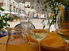 16日間の美食とビーチバカンスのシチリア!Vol36(第6日目午後) ☆エオリエ諸島:リパリ島(Lipari) リパリの最後のランチは旧港(コルタ港)のレストランで優雅に頂く♪
