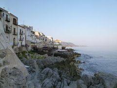 16日間の美食とビーチバカンスのシチリア!Vol47(第8日目朝) ☆チェファルー(Cefalu) 朝のチェファルーを散策してホテル「La Plumeria」の素敵な朝食を頂く♪