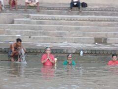 2011 10 インド 6世界遺産6日の旅 ③バラナシ