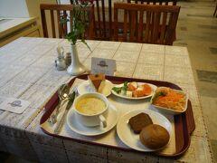 MOS11 ロシアン・レトロのソ連風レストラン スタローバヤ57(第57番食堂) (グム百貨店探検2)