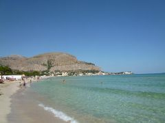 16日間の美食とビーチバカンスのシチリア!Vol101(第14日目午前) ☆モンデッロ(Mondello):近郊モンデッロの美しいビーチで優雅に過ごす♪