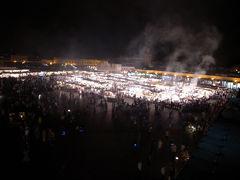 マラケシュ着、夜のジャマ・エル・フナ広場の屋台へ!