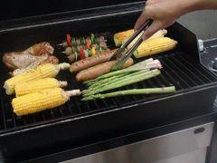 BBQのススメ  食材はホールフーズマーケットで調達っと。