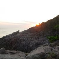 丹後半島、岩場もすごい