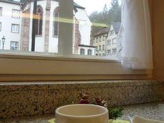 初冬ルクセンブルクのグルメな旅♪ Vol16(第2日目午前) ☆ヴィアンデン(Vianden)の城下町のカフェとトリニテ教会♪
