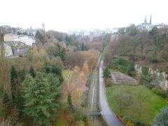初冬ルクセンブルクのグルメな旅♪ Vol38(第4日目午前) ☆世界遺産ルクセンブルク 新市街からペトリュス渓谷を渡り、旧市街へ歩く♪