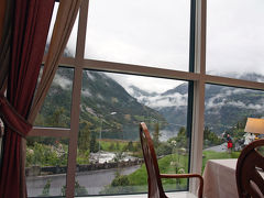 ガイランゲルフィヨルド 氷河を見ながらピクニック気分2 ユニオン(Hotel Union)・ガイランゲルフィヨルド観光船  6/15