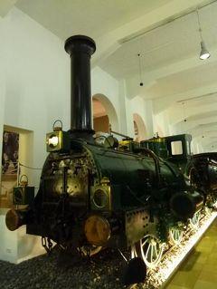 ニュルンベルクとバンベルクのクリスマス旅♪ Vol21(第3日目午前) ☆ニュルンベルクの「交通博物館」を見学:本物の機関車から最新の新幹線まで勢ぞろい♪