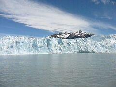 地球の果て・パタゴニア、ロス・グラシアレス国立公園ペリト・モレノ氷河 : 氷河焼けにご注意!