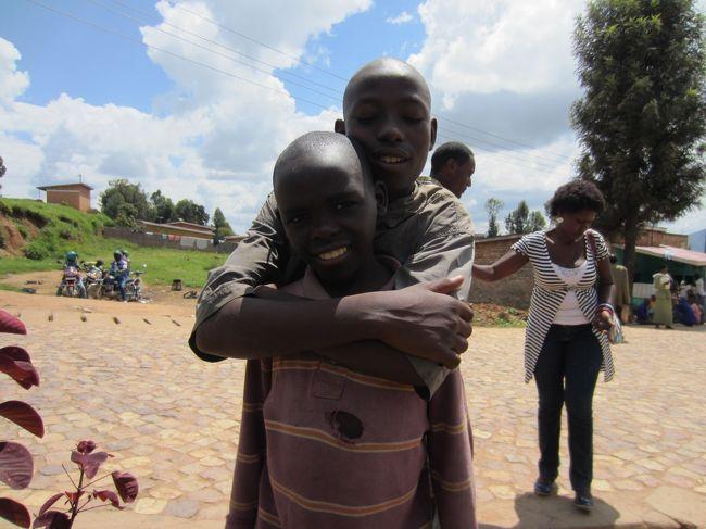 数年前に映画ルワンダの涙を見て以来、今はどうなっているのかが知りたくて<br />今回行ってみる事にしました。