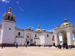 2011年末は南米縦断!パタゴニアとウユニ塩湖とペルー17日間の旅(13)ラパスからコパカバーナを経由してペルーへ