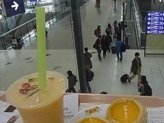 香港国際空港 2012年1月