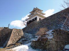 薄化粧の丸亀城登城