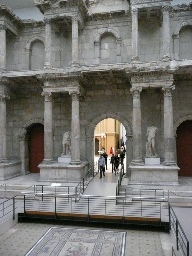ペルガモン博物館です。<br />先ずはギリシャエリア