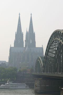 Köln 2004 ~ロマネスク様式の教会を訪ねる