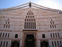 イスラエルの旅(2)・・ナザレの受胎告知教会、カナの婚礼教会、パンと魚の奇跡の教会を訪ねて