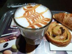 春の優雅なコートダジュール旅♪ Vol17(第3日目朝) ☆ニースの朝食はマックカフェ♪