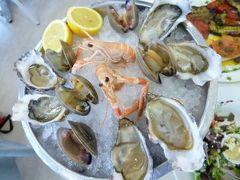 春の優雅なコートダジュール旅♪ Vol86(第8日目昼) ☆マントン(Menton):ランチはマントン旧市街で美味しい生牡蠣を頂く♪