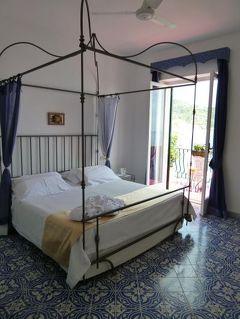 初夏のイスキア島で優雅なバカンス♪ Vol6(第2日目昼) ☆イスキア島:景勝地サンタンジェロのホテル「パーク・ホテル・ミラマーレ」は素晴らしすぎる♪
