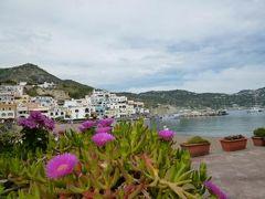 初夏のイスキア島で優雅なバカンス♪ Vol9(第2日目午後) ☆イスキア島サンタンジェロ:可愛い漁村を歩き、ヴューポイント「Montag」からサンタンジェロを眺める♪