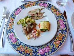 初夏のイスキア島で優雅なバカンス♪ Vol10(第2日目夜) ☆イスキア島サンタンジェロ:ディナーは「パーク・ホテル・ミラマーレ」のメインダイニング♪絶品の前菜ブッフェを頂く♪