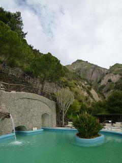 初夏のイスキア島で優雅なバカンス♪ Vol13(第3日目午前) ☆イスキア島サンタンジェロ:「パーク・ホテル・ミラマーレ」の温泉公園「Aphrodite-Apollon」で優雅に過ごす♪