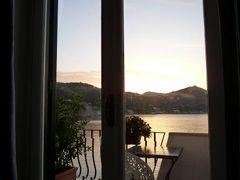 初夏のイスキア島で優雅なバカンス♪ Vol20(第4日目朝) ☆イスキア島サンタンジェロ:「パーク・ホテル・ミラマーレ」のジュニアスイートルームで美しい朝を迎えて♪