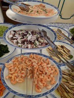 初夏のイスキア島で優雅なバカンス♪ Vol28(第4日目夜) ☆イスキア島ポルト(Porto):ポルトのホテル「Punta Molino」のレストランで美味しい前菜ブッフェを頂く♪