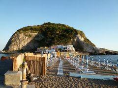 初夏のイスキア島で優雅なバカンス♪ Vol39(第5日目午後) ☆イスキア島サンタンジェロ:「パーク・ホテル・ミラマーレ」のジュニアスイートルームでくつろぐ♪そして黄昏のサンタンジェロを歩く♪