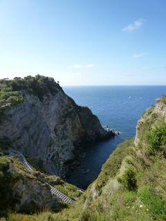初夏のイスキア島で優雅なバカンス♪ Vol42(第6日目午前) ☆イスキア島サンタンジェロ:天然露天風呂「Sorgeto」へ行く♪高台から素晴らしい絶景を眺めて♪