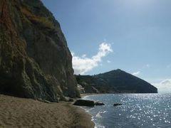 初夏のイスキア島で優雅なバカンス♪ Vol49(第7日目午前) ☆イスキア島サンタンジェロ:「パーク・ホテル・ミラマーレ」の温泉公園「アフロディテ・アポロン」とビーチ「Maronti」を歩く♪