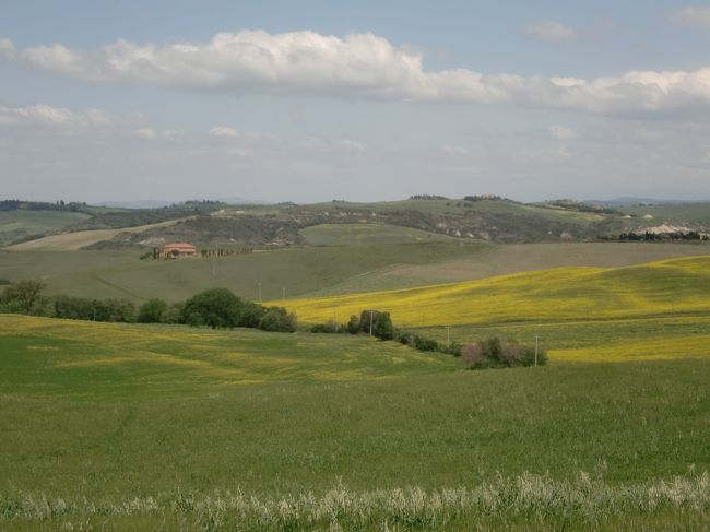 初めてのイタリア。<br />トスカーナ地方の自然を満喫、中世の町並を散策し、フィレンツェとベネチアを街歩きしました。