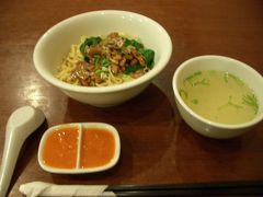 ④インドネシア・デンパサール・バリ島・人気の美味しいラーメン店ティップトップ(TIP TOP)鳥ラーメン食べて来ました。