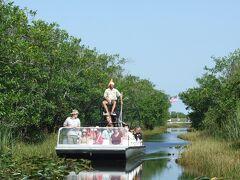 マイアミ ゲータパークでプロペラボートに乗って湿地帯をクルージング