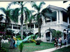 1989年閉館改築直前のラフルズ・ホテル